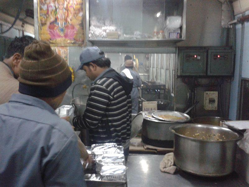 File:A canteen in a train in india.jpg