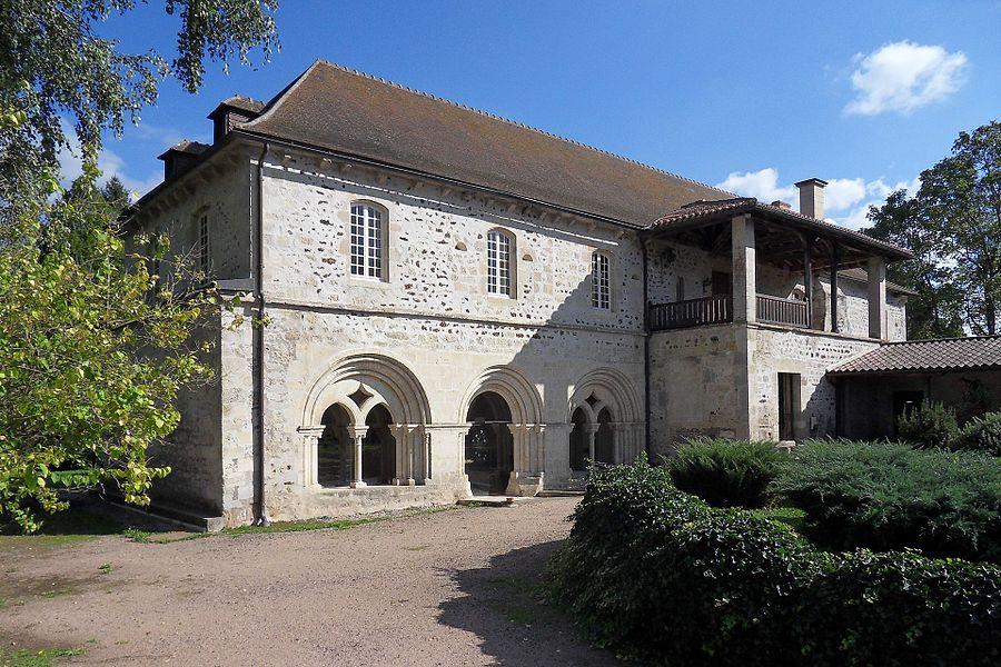 Abbaye Saint-Gilbert,  (ClasséInscrit, 19692001)