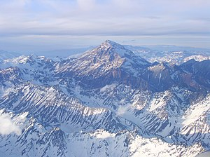 English: Aerial view of Aconcagua