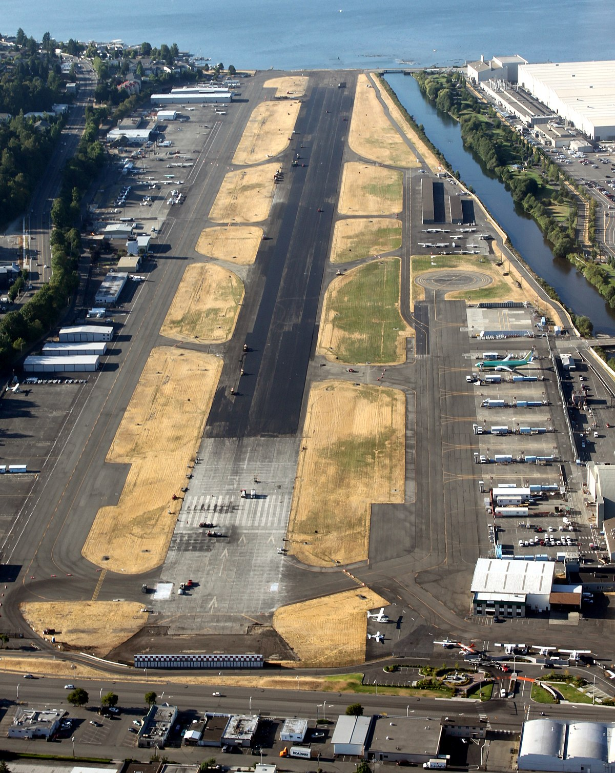 Renton Municipal Airport - Wikipedia