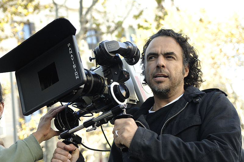 File:Alejandro González Iñárritu with a camera in production.jpg