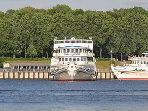 Alexandre Benois in North River Port 9-jun-2012 04.JPG
