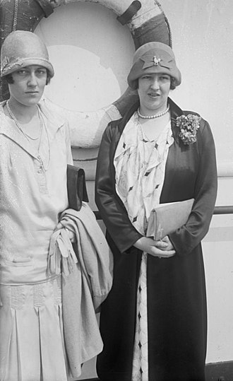 Alice Tully - Alice Tully (right), and her sister, Marion Tully.