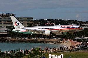 American Airlines Boeing 757 Breidenstein.jpg