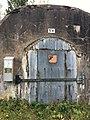 Ammusvaraston ovi Vallisaaressa 5.jpg