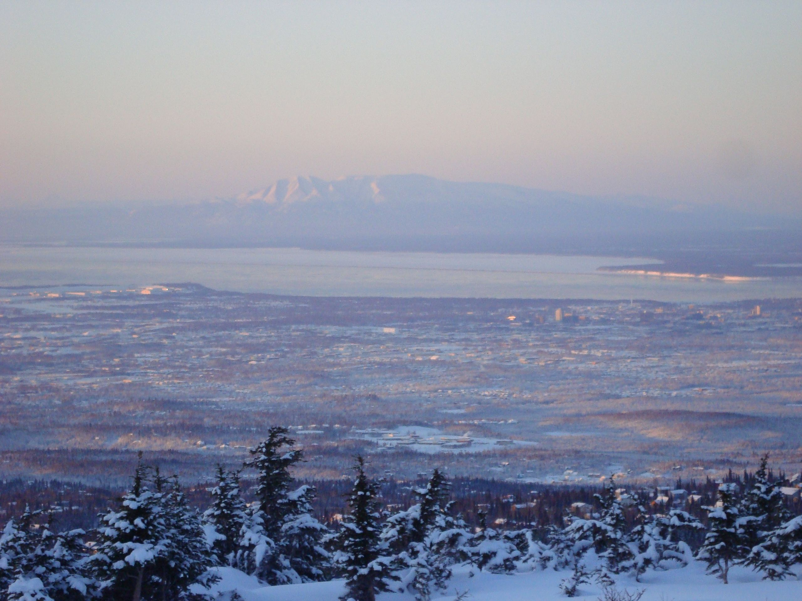 File Anchorage Alaska And Sleeping Lady Jpg Wikimedia Commons
