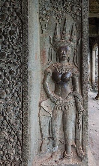 Deva (Hinduism) - Bas-relief of a devi in Angkor Wat, Cambodia