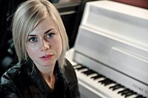 Anna Ternheim, Le Cargo interview, 2009.jpg