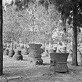 Archeologische vondsten - waaronder wijnpersen en architectuurfragmenten - tent…, Bestanddeelnr 255-1523.jpg
