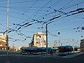 Arnhem, centraal trolleybusstation met Eric de Noorman foto2 2016-03-13 17.34.jpg