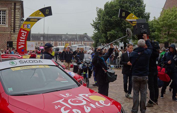 Arras - Tour de France, étape 6, 10 juillet 2014, départ (27).JPG