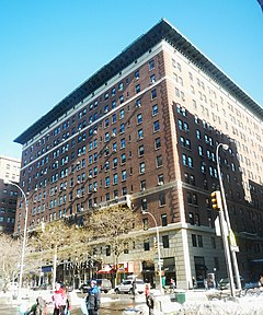Astor Court Bldg Bwy W89 jeh.jpg