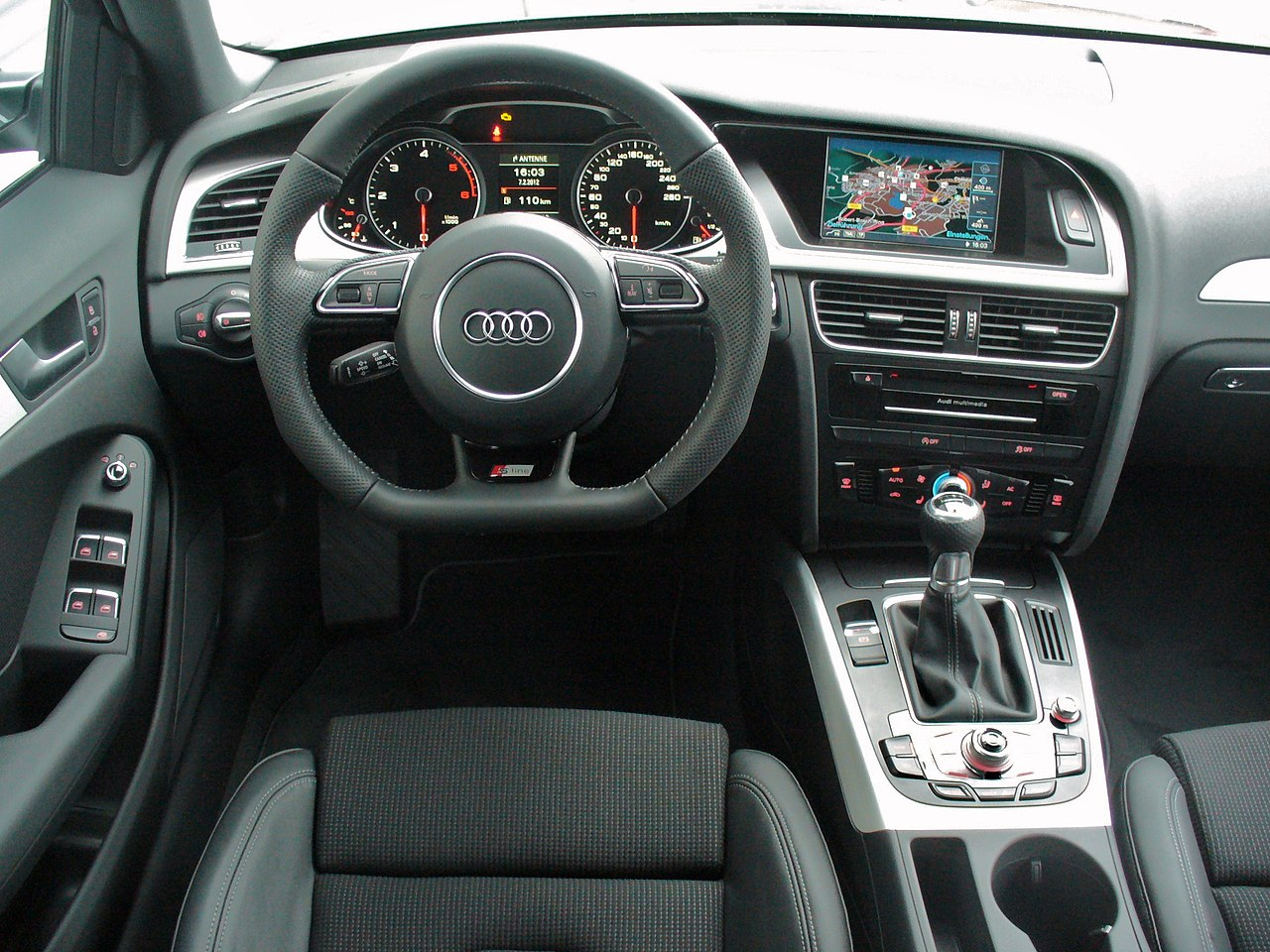 Datei:Audi A4 B8 Facelift Avant Ambition S line 2.0 TDI Daytonagrau ...