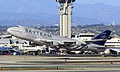B-18206 SkyTeam (China Airlines) Boeing 747-409 (cn 29030-1145) (8156771435).jpg