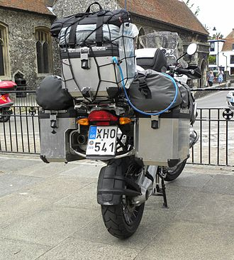 BMW R1200GS - Image: BMW R1200GS fully kitted