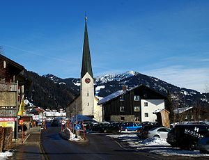 Balderschwang Ortsmitte mit Kirche