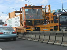 Barrier Transfer Machine on the Auckland Harbour Bridge 01.jpg