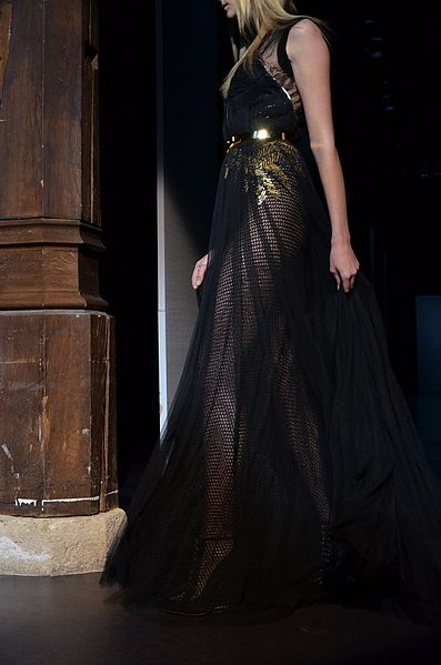 File basil soda spring summer haute couture 2012 22 jpg for Haute couture wikipedia