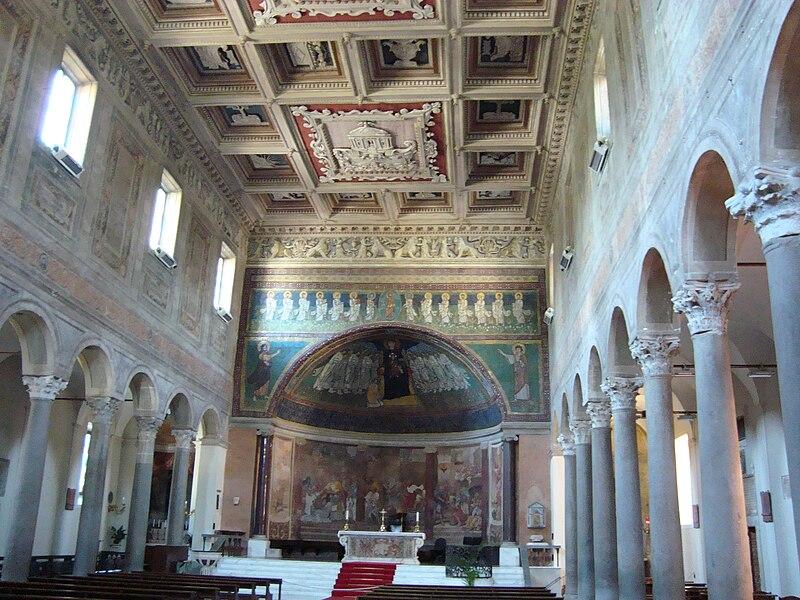 File:Basilica Santa Maria vue interieure.JPG