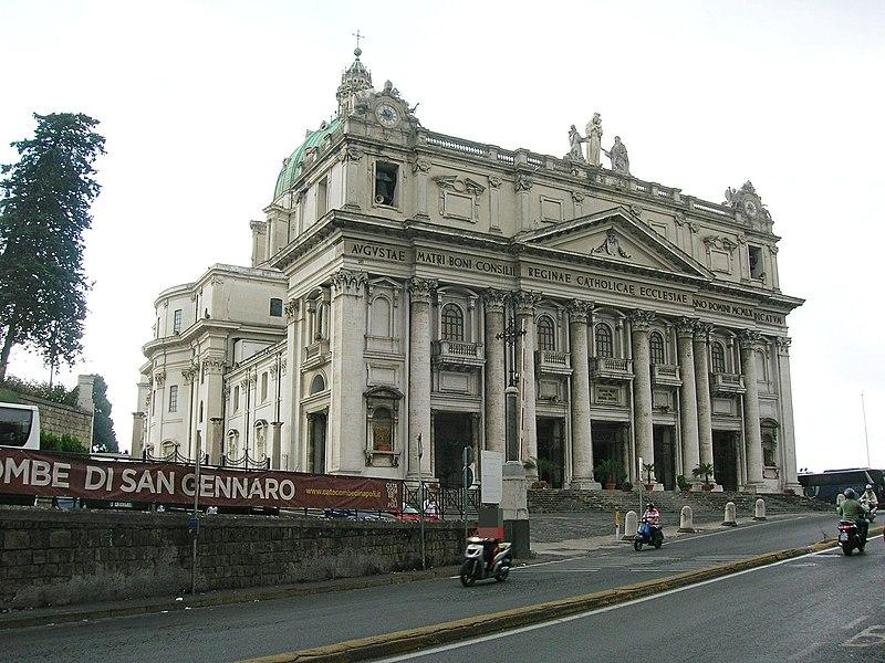 Basilica dell'Incoronata Madre del Buon Consiglio 1.JPG