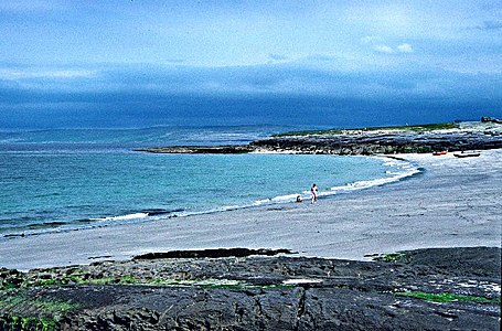 Beach on Inisheer.jpg