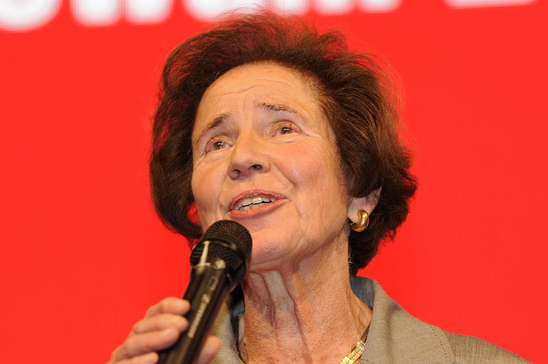 File:Beate Klarsfeld Die Linke Wahlparty 2013 (DerHexer) 04.jpg