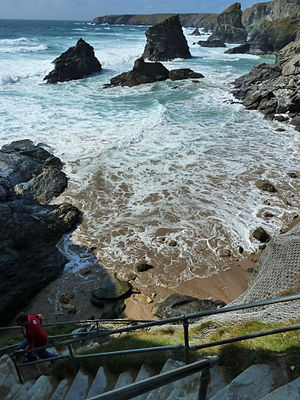 Carnewas and Bedruthan Steps - Bedruthan Steps from halfway point