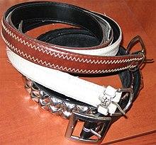 2bd410ec1 Cinturón (prenda) - Wikipedia, la enciclopedia libre