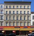 Berlin, Kreuzberg, Oranienstrasse 203, Mietshaus.jpg