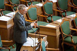Folketing - Bertel Haarder (V) making a speech
