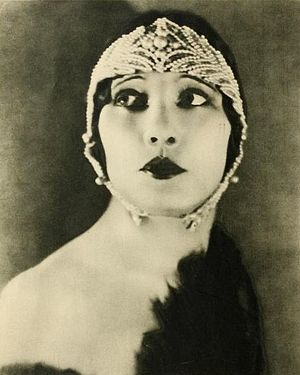 Betty Blythe - Betty Blythe in Stars of the Photoplay