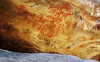 Cave paintings in India - Cave painting at Bhim.