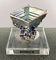 Bismuth Cristal artificiel GLAM MHNL Minéralogie FL 2016 A 22.JPG
