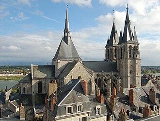Loir-et-Cher - Image: Blois Église Saint Nicolas