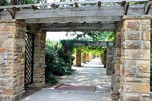 Fort Worth Botanic Garden - Image: Botanical Garden 2