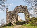 Bramberg Ruine Eingangstor P4RM2302.jpg