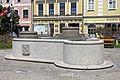 Brunnen am Hauptplatz von Gmünd 2016-07.jpg