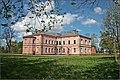 Building at Pluņģe manor - panoramio.jpg