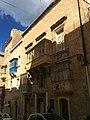Buildings in Valletta 15.jpg