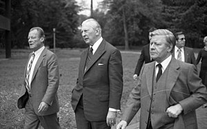 Grand coalition (Germany) - Ten years after their coalition: Willy Brandt (left) and Kurt Georg Kiesinger (center), with then Chancellor Helmut Schmidt (right)