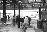 Bundesarchiv Bild 183-1990-1113-305, Berlin, Abbau Grenzübergang Checkpoint Charlie
