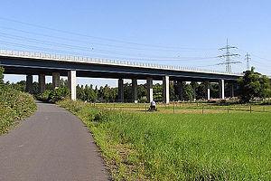 Bundesautobahn 5 - Image: Bundesautobahn 5 Urselbachtal