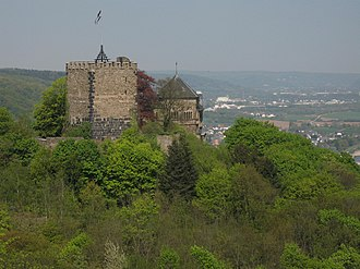 Bad Breisig - Image: Burg Rheineck Reuterslei