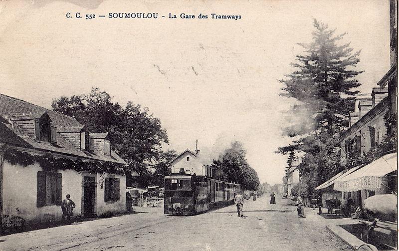 File:CC 552 - SOUMOULOU - La Gare des Tramways.jpg
