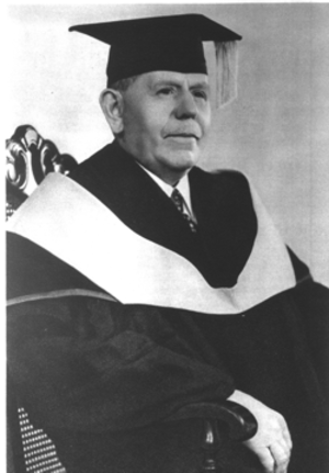 Carl Edvard Johansson - CE Johansson 1932 on receiving the degree of Honorary Doctor of Science at Gustavus Adolphus College, Minnesota, USA.
