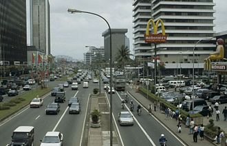 Jalan M.H. Thamrin - Thamrin Road in 1993 before the introduction of TransJakarta BRT.