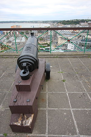 Fort Regent - A carronade in 2008, on the west rampart
