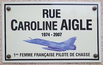 Caroline Aigle Vol Brisé 330px-Caroline_Aigle