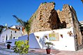 Castillo San Luis, monumento de Estepona con mapa.jpg