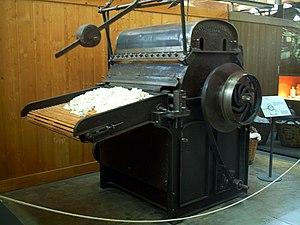 Textile manufacturing - Platt Bros. Picker